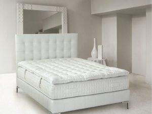 Cama capitoné Sonbeds 150 tapizada en Ecopiel color blanco